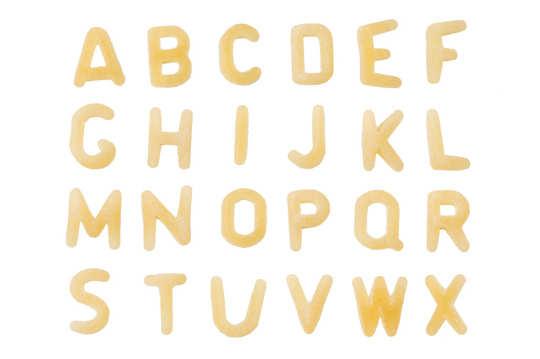 Alle Buchstaben des Alphabets aus Suppennudel